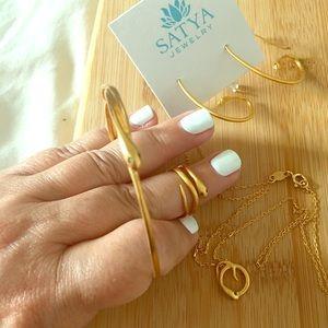 Jewelry set brand new